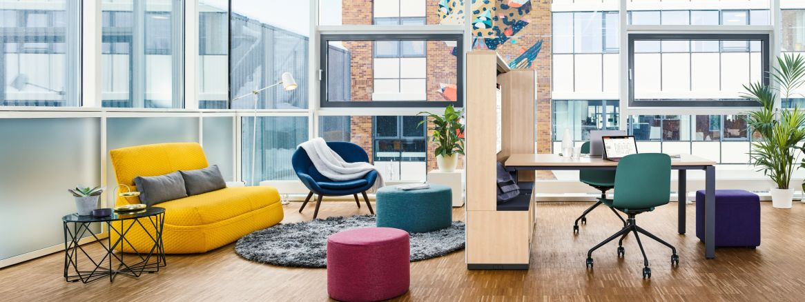 5 Benefits of Having a Lounge Space in the Office